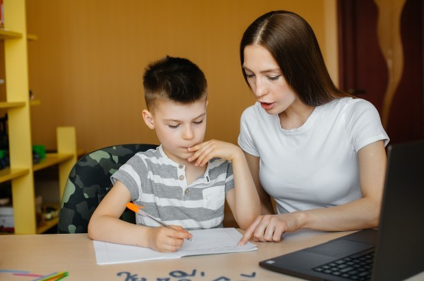 Get an online English teaching job as a stay at home Mom